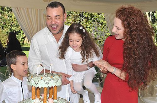 Kung Mohammad med familj
